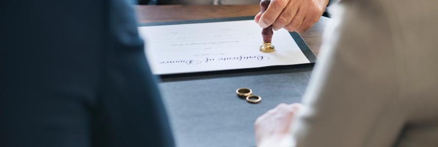 scheidingspapieren tekenen