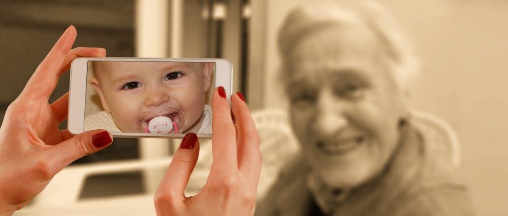 foto baby op smartphone